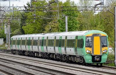 377 704 South Kenton 7 May 2015