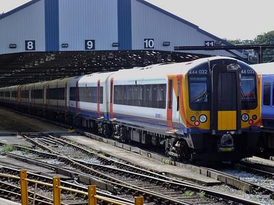444032 Clapham Junction 21 August 2013