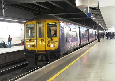 319 374 London St Pancras International 28 December 2012