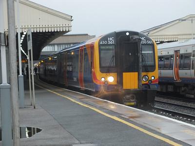450 561 Clapham Junction 29 December 2012