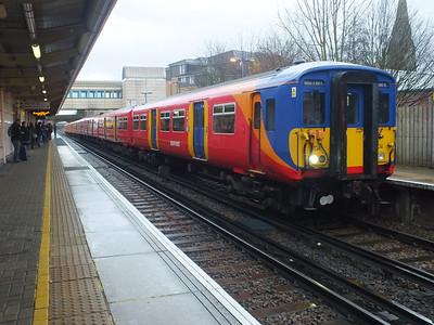 455 704 Feltham 29 December 2012