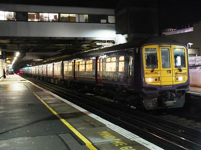 319 440 Gatwick Airport 29 December 2012