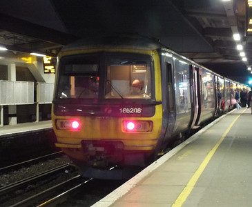 166 208 Gatwick Airport 29 December 2012 Gatwick to Reading service.