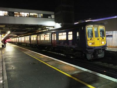 319 451 Gatwick Airport 29 December 2012