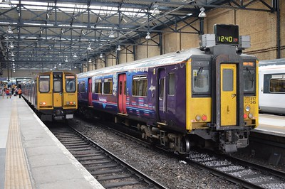 313 061 & 317 345 Kings X 22 July 2016