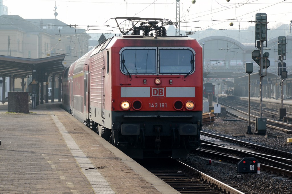 https://photos.smugmug.com/RailSceneEurope/RSE-Mainz-Hbf-March-2017/i-KTbv339/0/6e5da195/XL/DSC_0057%20%281280x851%29-XL.jpg