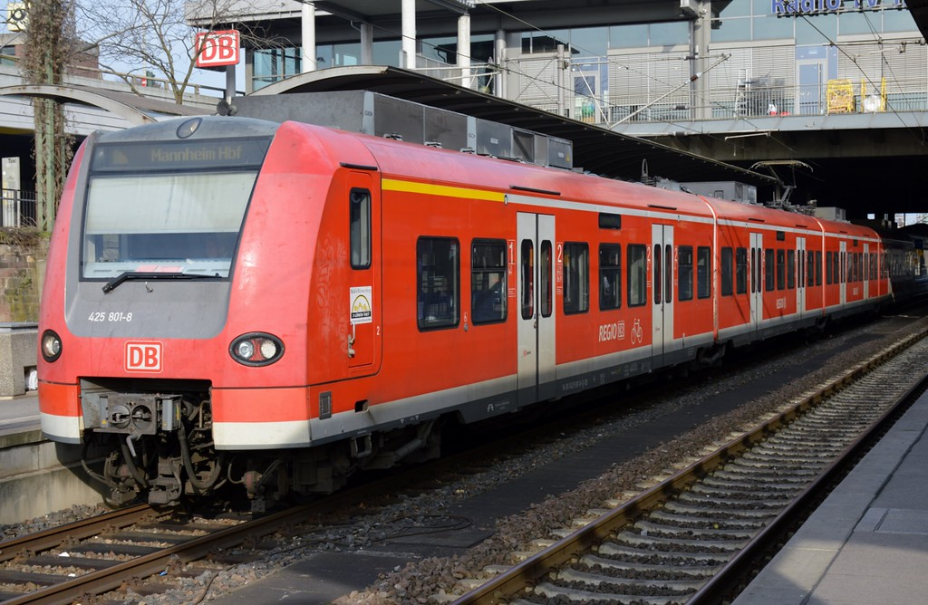 https://photos.smugmug.com/RailSceneEurope/RSE-Mainz-Hbf-March-2017/i-LcdNz39/0/8ccd2978/XL/DSC_0081%20%281280x835%29-XL.jpg