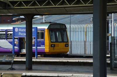 142 045 Manchester Piccadilly 22 June 2014