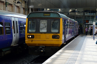 142 031 Manchester Piccadilly 21 June 2014