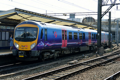 185 114 Manchester Piccadilly 22 June 2014