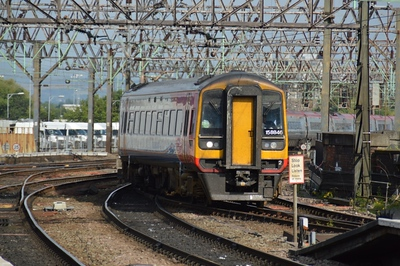 158 846 Manchester Piccadilly 22 June 2014