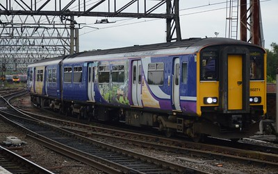 150 271 Manchester Piccadilly 22 August 2016