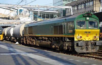 PB06 Utrecht Centraal 30 December 2015 266 064