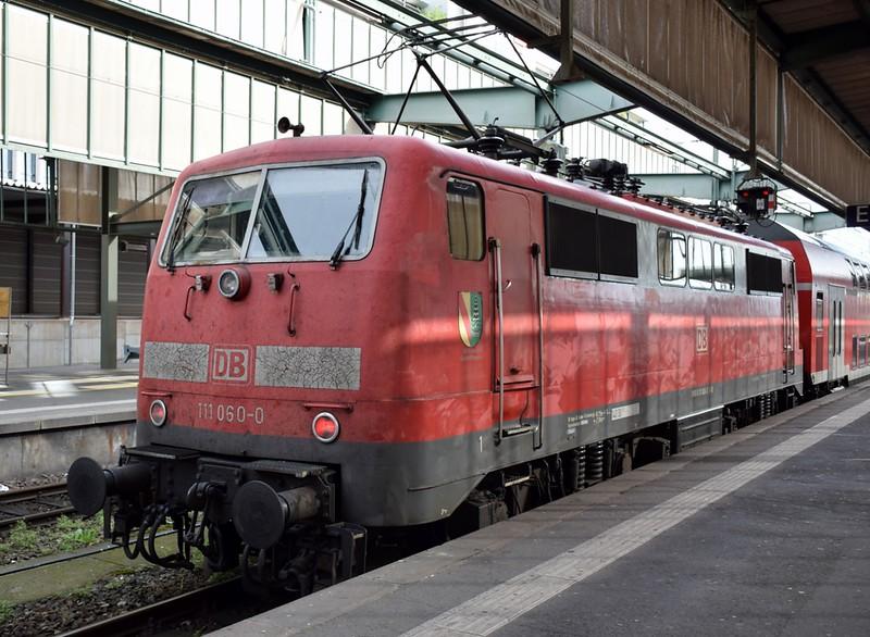 https://photos.smugmug.com/RailSceneEurope/RSE-Stuttgart-June-2019/i-WSZJ2qW/0/c74843ac/L/DSC_0071%20%281280x937%29-L.jpg