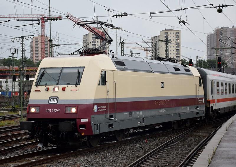 https://photos.smugmug.com/RailSceneEurope/RSE-Stuttgart-June-2019/i-x57nZQr/0/5541e978/L/DSC_0219%20%281280x908%29-L.jpg