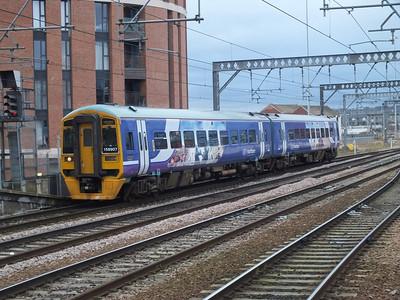 158 907 Leeds 27 December 2012