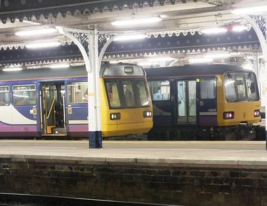 142 021 & 144 009 Sheffield 27 December 2012