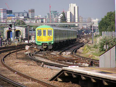 319 220 Clapham Junction 12 June 2007