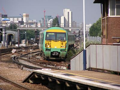 456 018 Clapham Junction 12 June 2007
