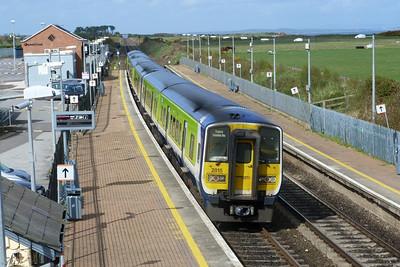 2815 heading for Drogheda. Gormanston, Monday, 04/04/11