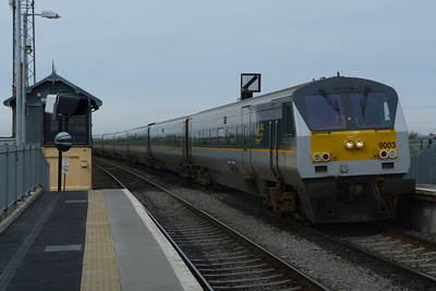 9003 leads the 12:35 Belfast Central to Dublin Connolly through Skerries. Wednesday, 06/04/11