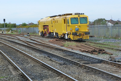 744 in the siding at Skerries. Wednesday, 06/04/11