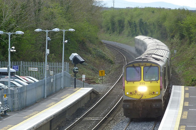 233 approaches with the 13:20 Dublin Connolly to Belfast Central. Rush and Lusk, Wednesday, 06/04/11