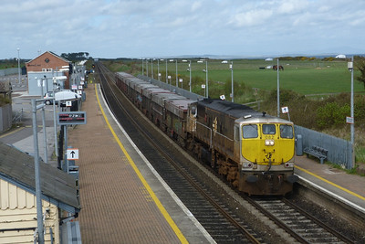 082 with the lunchtime laden Tara, bound for Dublin Port. Gormanston, Monday, 04/04/11