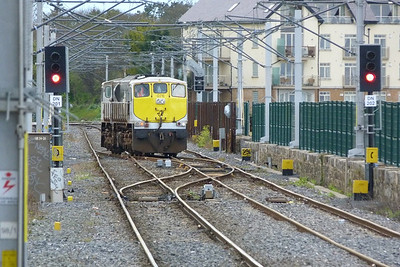 076 testing the crossovers at Howth, Monday, 09/04/12