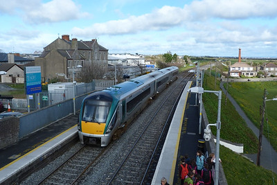 22029 passes through Balbriggan on an ECS to Drogheda DMU Depot. Tuesday, 10/04/12