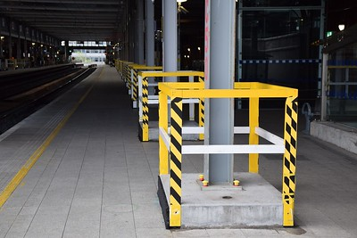 Crash deck supports at Pearse 27 April 2019