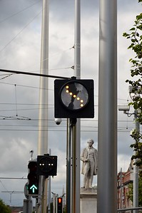 Luas XC lights and poles O'Connell St 3 August 2017