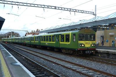8307 arrives into Bray, Thursday, 08/12/11