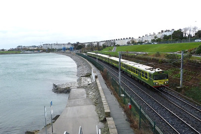 8135 departs Salthill and Monkstown with a northbound service to Howth. Thursday, 08/12/11