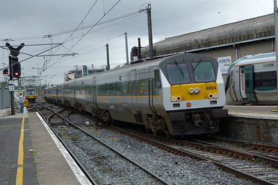 9004 on the 08:00 Belfast Central to Dublin Connolly, Saturday, 16/07/11