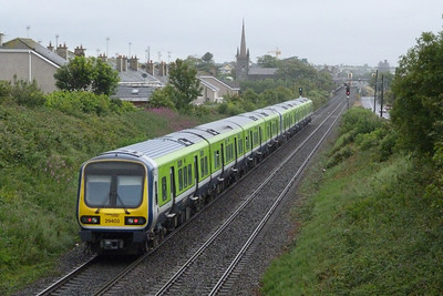 29403 on an ECS to Drogheda. Balbriggan, Friday, 08/07/11