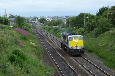 072 running light through Balbriggan, Sunday, 17/07/11