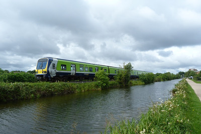 29401 departs Ashtown with the 10:40 Maynooth to Dublin Pearse. Sunday, 29/07/12