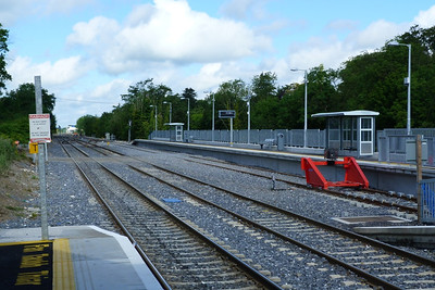 The new bay platform at Clonsilla which seems nearly ready to become operational. It will be used for shuttles to/from M3 Parkway. Thursday, 12/07/12