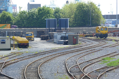 The scene at North Wall this morning with the new spoil wagons and 790. Wednesday, 04/07/12