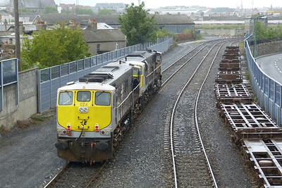 074 and 085 on their way to Inchicore, North Wall, Tuesday, 07/06/11