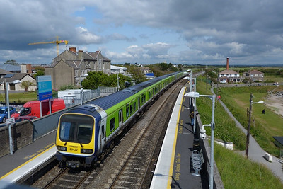 29422 departs Balbriggan on the 09:20 Bray to Drogheda. Monday, 13/06/11