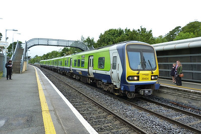 29404 on the 07:45 Maynooth to Connolly. Clonsilla, Tuesday, 07/06/11