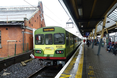 8328 with a terminating DART service at Dublin Connolly, Friday, 22/06/12