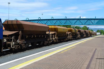 The ballast wagons, which are of a different and much more unusual design to that of the IE variety. Dundalk, Wednesday, 20/06/12