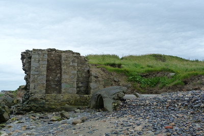 One of the more visible remains of the route at Bray is this bridge. It also highlights how much the sea has reclaimed in the last one hundred years. Thursday, 05/07/12