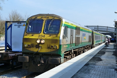 234 arrives with the 11:00 Dublin Heuston to Cork. Kildare, Friday, 25/03/11
