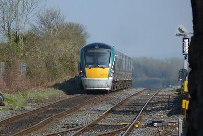 22045 on an ECS from Laois Traincare Depot to Dublin Heuston. Kildare, Friday, 25/03/11