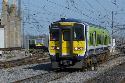 2807 arrives with the 12:25 Maynooth to Dublin Pearse. Connolly, Thursday, 24/03/11