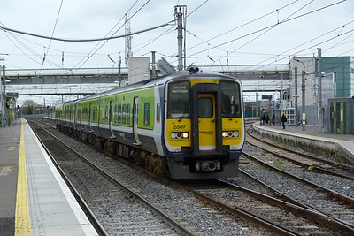 2807 on the 10:45 Dundalk to Connolly. Howth Junction, Monday, 21/03/11